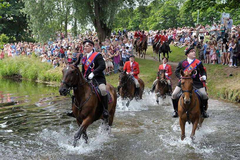 Return of the ridings - Jedburgh- Image from http://returntotheridings.co.uk/